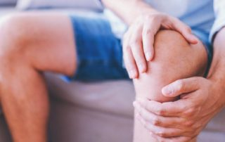 Does Your Child Have Knee Pain? Osgood-Schlatter Disease + 7 Natural Pain Relief Remedies